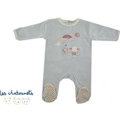 http://cadeaux-naissance-bebe.fr/2252-2738-thickbox/pyjama-gris.jpg