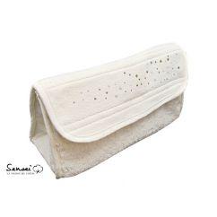 http://cadeaux-naissance-bebe.fr/3746-5289-thickbox/trousse-de-toilette-en-eponge-et-strass.jpg