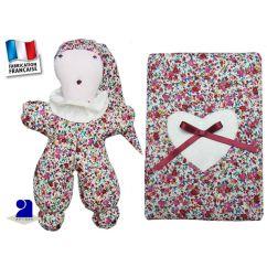http://www.bambinweb.com/4663-9524-thickbox/doudou-et-protege-carnet-de-sante-en-liberty.jpg