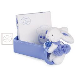 http://cadeaux-naissance-bebe.fr/4771-9847-thickbox/hochet-lavande-lapin-pompon.jpg