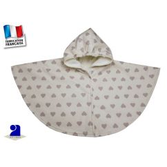 http://cadeaux-naissance-bebe.fr/4950-10390-thickbox/cape-impermeable-2-3-ans-ecru-imprime-coeurs.jpg
