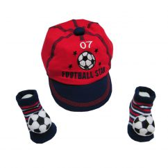 http://www.bambinweb.com/5129-17369-thickbox/casquette-et-chaussettes-football-pour-bebe-.jpg