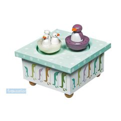 http://bambinweb.com/665-5048-thickbox/boite-a-musique-bois-pingouins.jpg