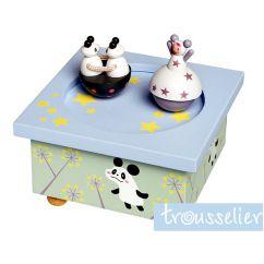 http://bambinweb.com/667-776-thickbox/boite-a-musiquebois-fille-et-panda.jpg