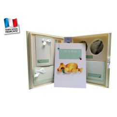 http://bambinweb.com/990-9397-thickbox/le-coffret-de-ma-naissance-poussin-bleu.jpg