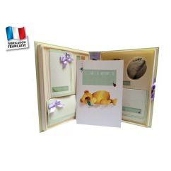 http://bambinweb.fr/995-9401-thickbox/le-coffret-de-ma-naissance-poussin-bleu.jpg
